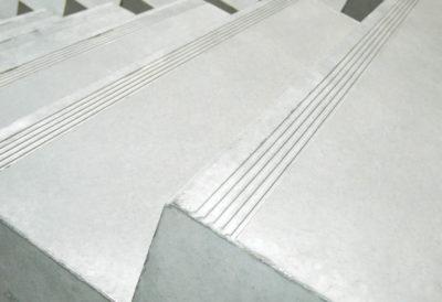 Stufen mit Trittrillen