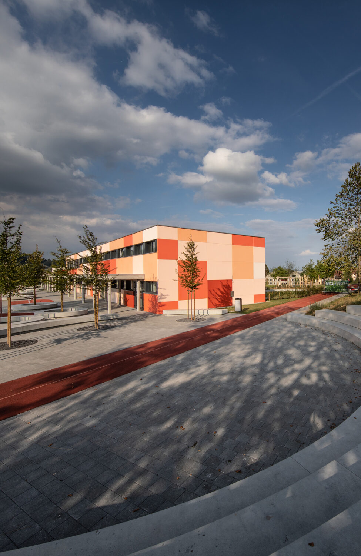Tribünenelement Kindergarten Rickenbach